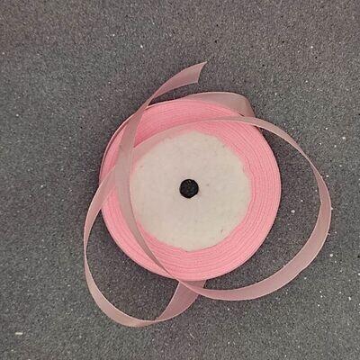 Розовая атласная лента 12 мм