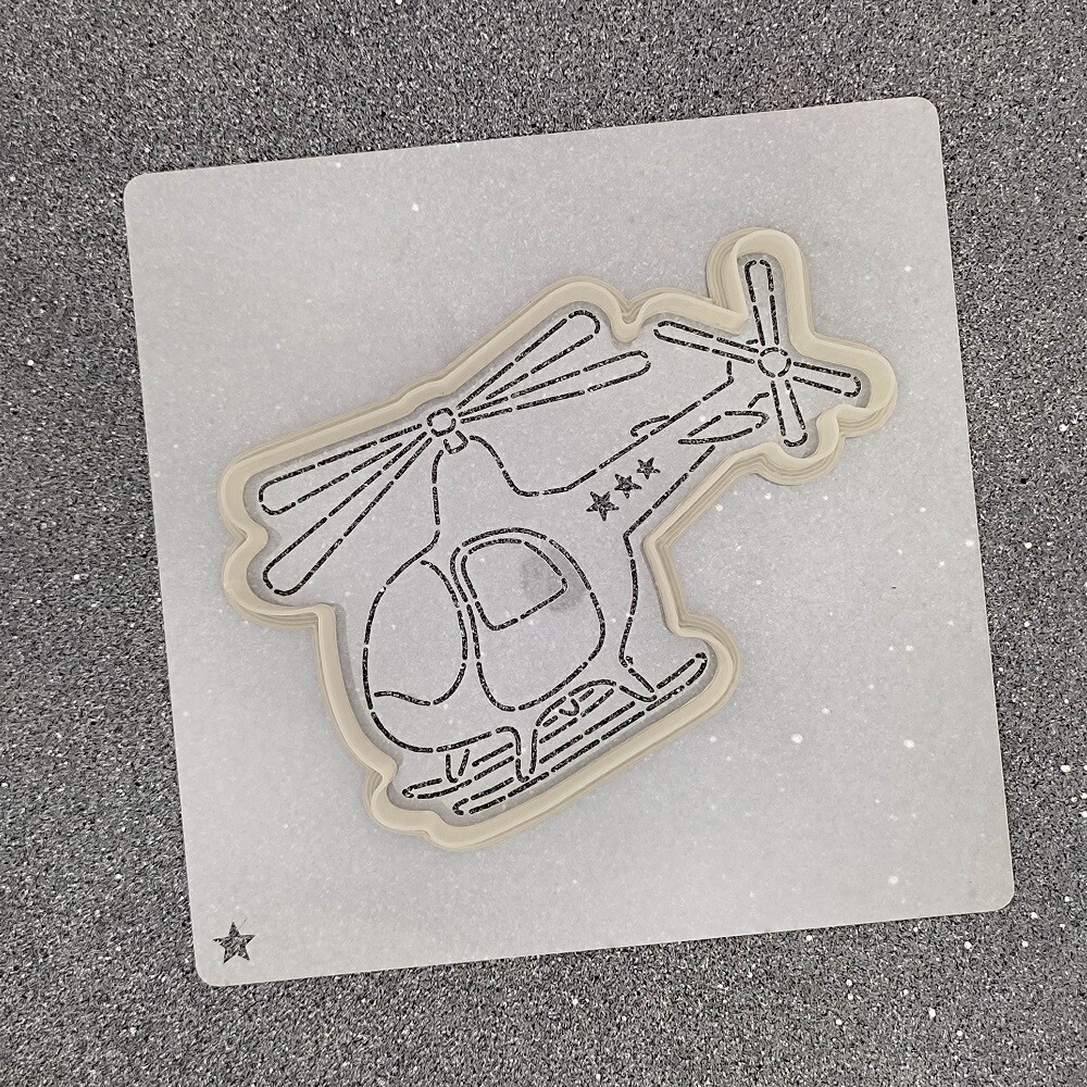 "Форма для пряников ""Вертолет №2"" (11 х 7,5 см) с трафаретом"