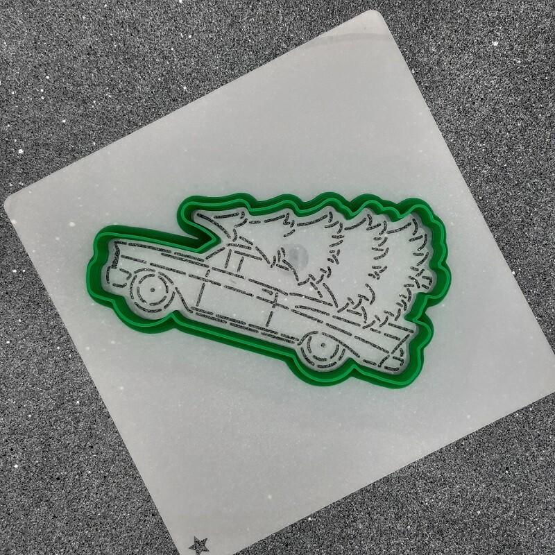 "Форма для пряника ""Машина с елкой №3"" (11 х 6 см) с трафаретом"