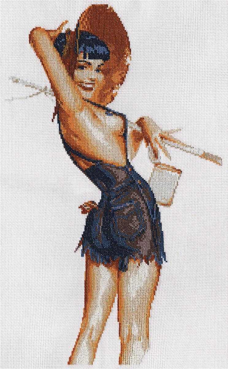 """Klart набор для вышивания, 5-061 """"Девушка в шортах"""""""