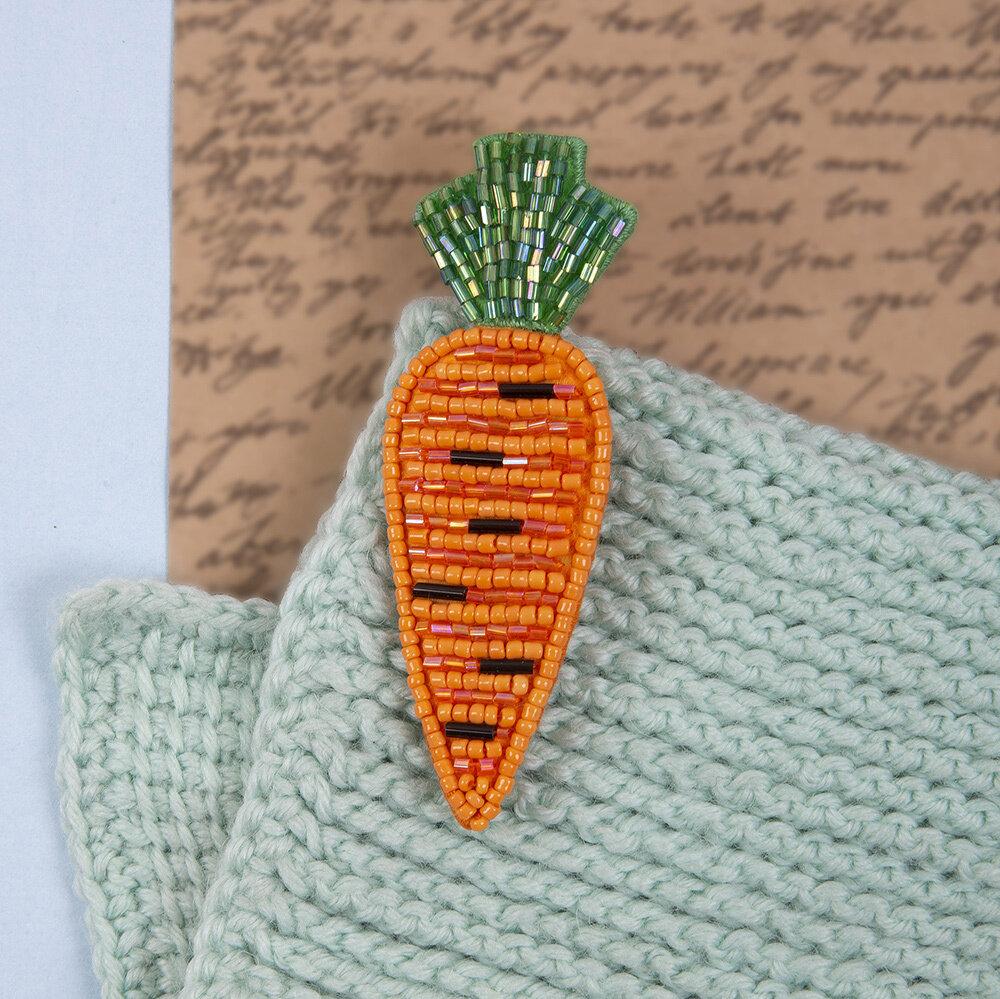 """""""Klart"""" набор для вышивания 10-015 """"Брошь. Морковь"""" 3x9 см"""