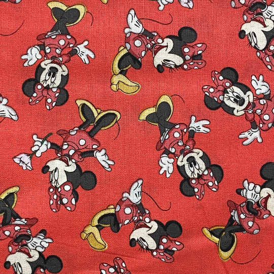 EasyFit Disney Minnie Mouse Toss on Coral Reusable Cloth Face Mask