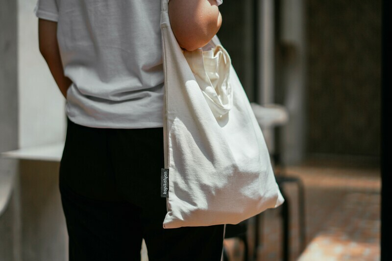 KALYAN SLING BAG