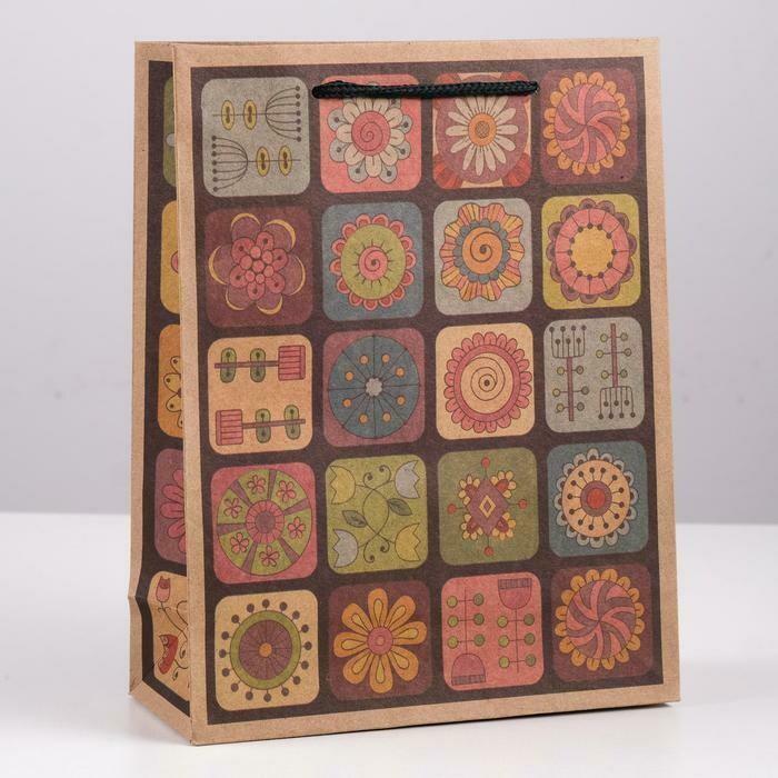 """1535899 Пакет крафт """"Коллаж из цветов"""", 24 х 33 х 8 см"""
