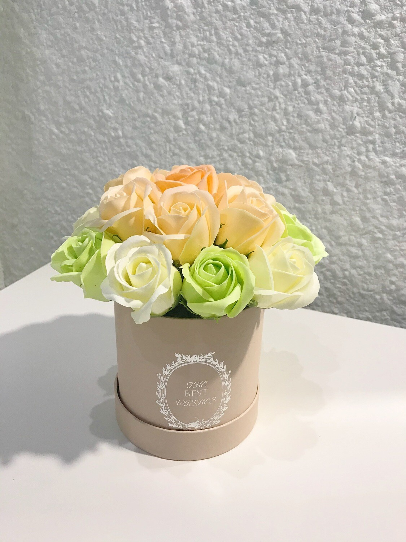 Композиция 17 мыльных роз