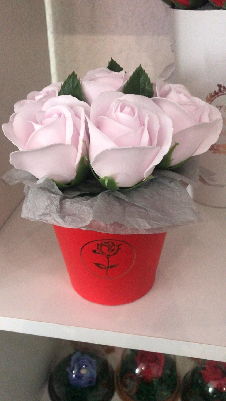 Композиция 7 мыльных роз