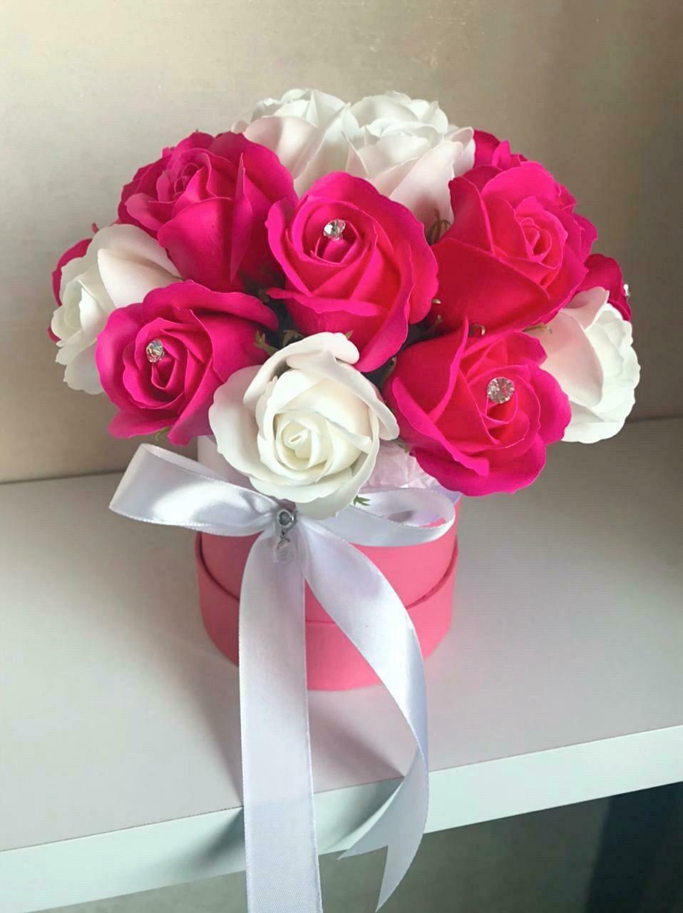 Композиция 23 мыльные розы