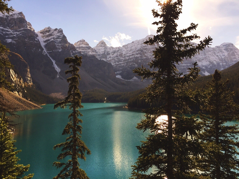 Glacier Mountain Lake