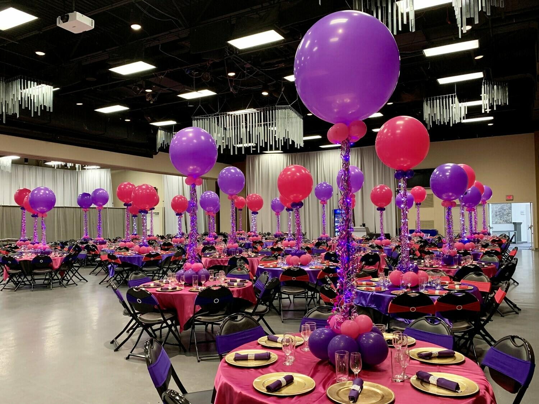 Jumbo birthday balloon centerpieces