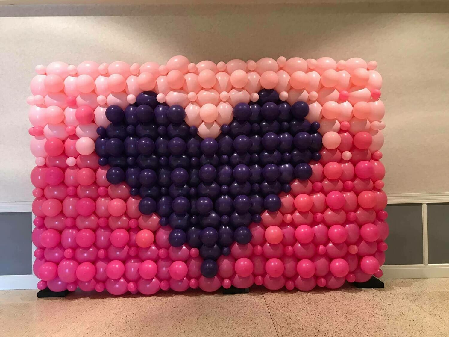 Balloon walls, traditional single layer (even sized bubbles)