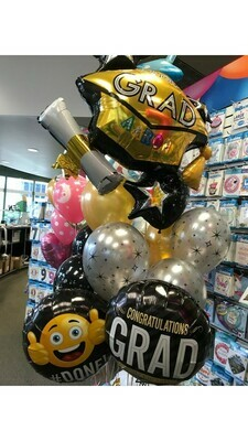 Helium PERSONALIZED graduation bouquet with weight