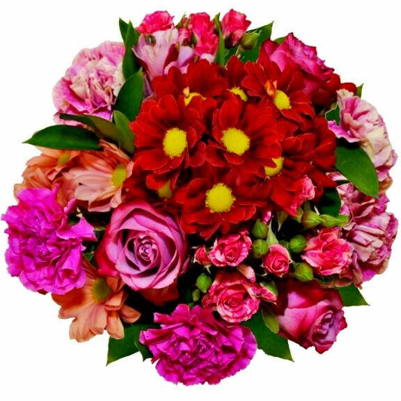 Kytica s červenou chryzantémou a ružovými klinčekmi