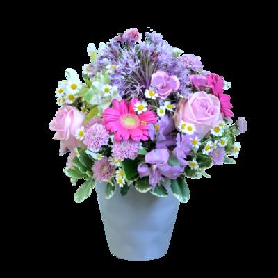 Letný fialovo-ružový aranžmán z voňavých kvetov
