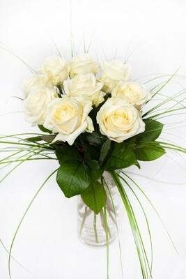 Kytica bielych ruží