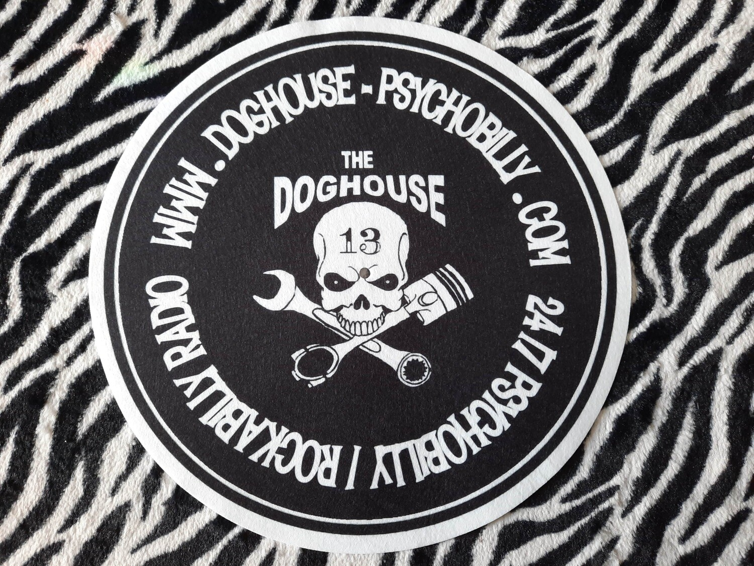 Doghouse Slip Mat