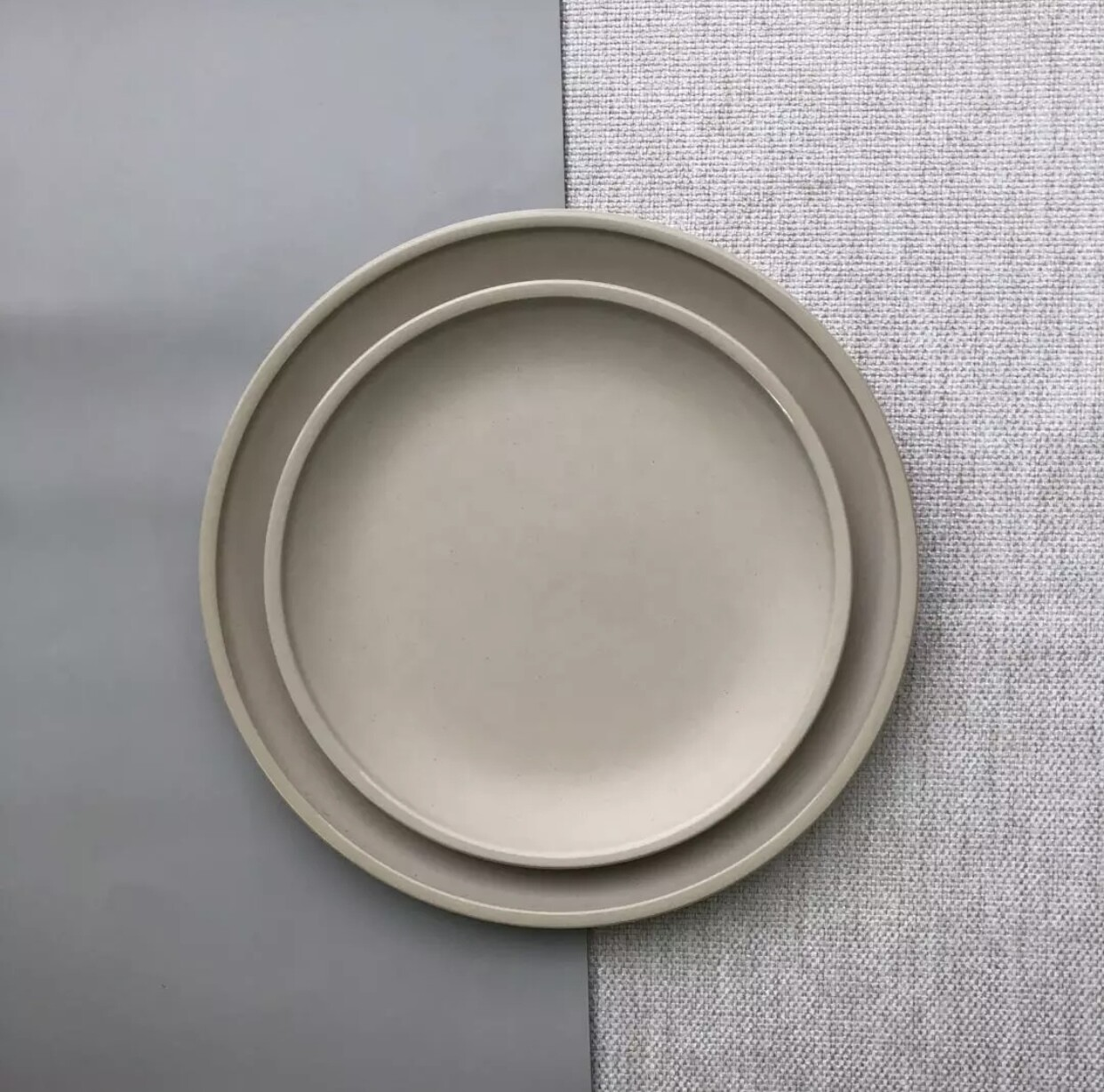 Poppy Stoneware Collection in Greige