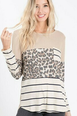 THERMAL WAFFLE KNIT TOP WITH STRIPE FRONT POCKET