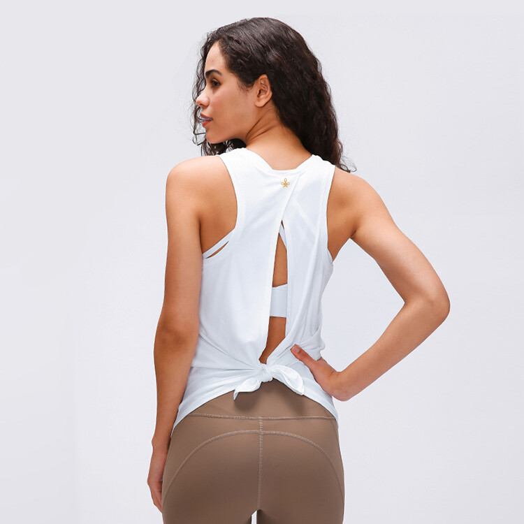 Active Yoga Top knotted in back - white