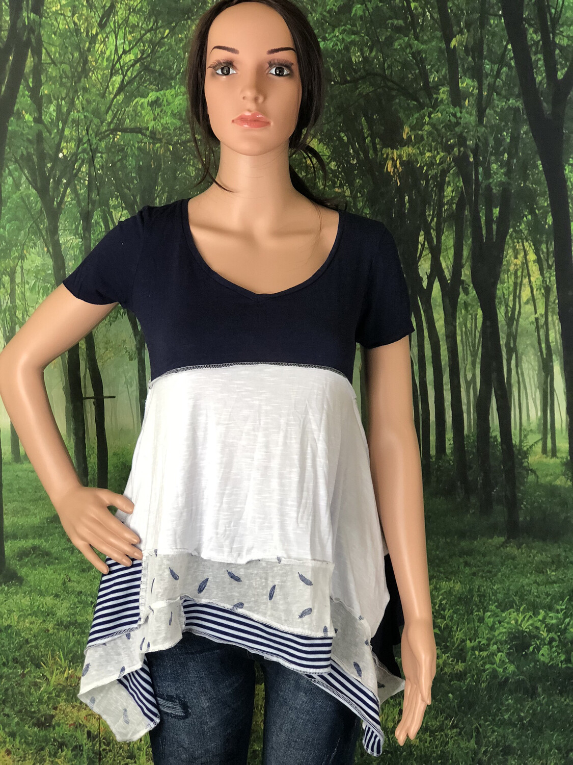 Navy Top W Feathers & Stripes