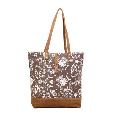 Pompon Tote Bag