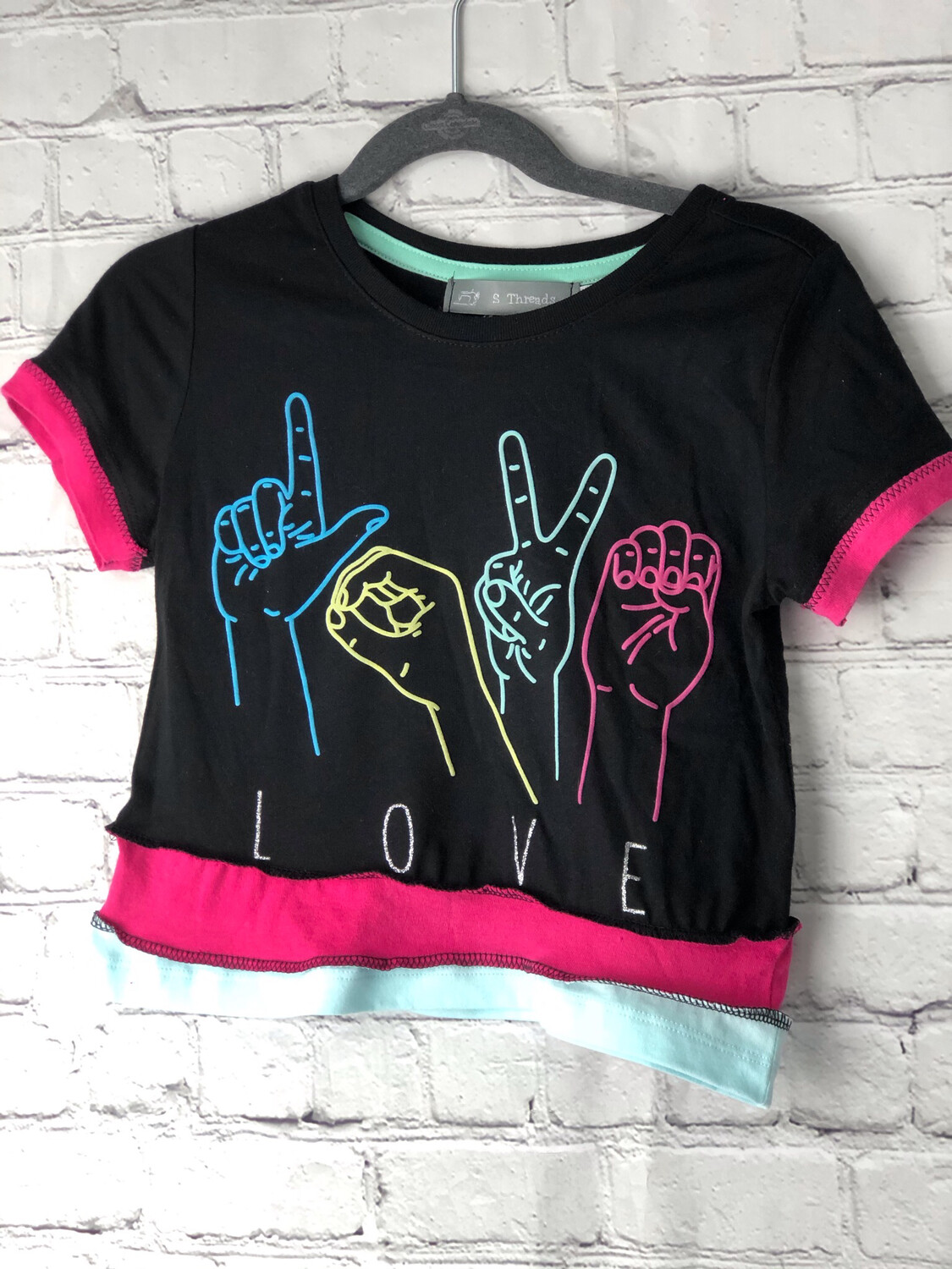 S Threads Kids Upcycled Short Sleeve Hot Pink and Blue Sign Language Love Symbol Shirt Size Child 5T
