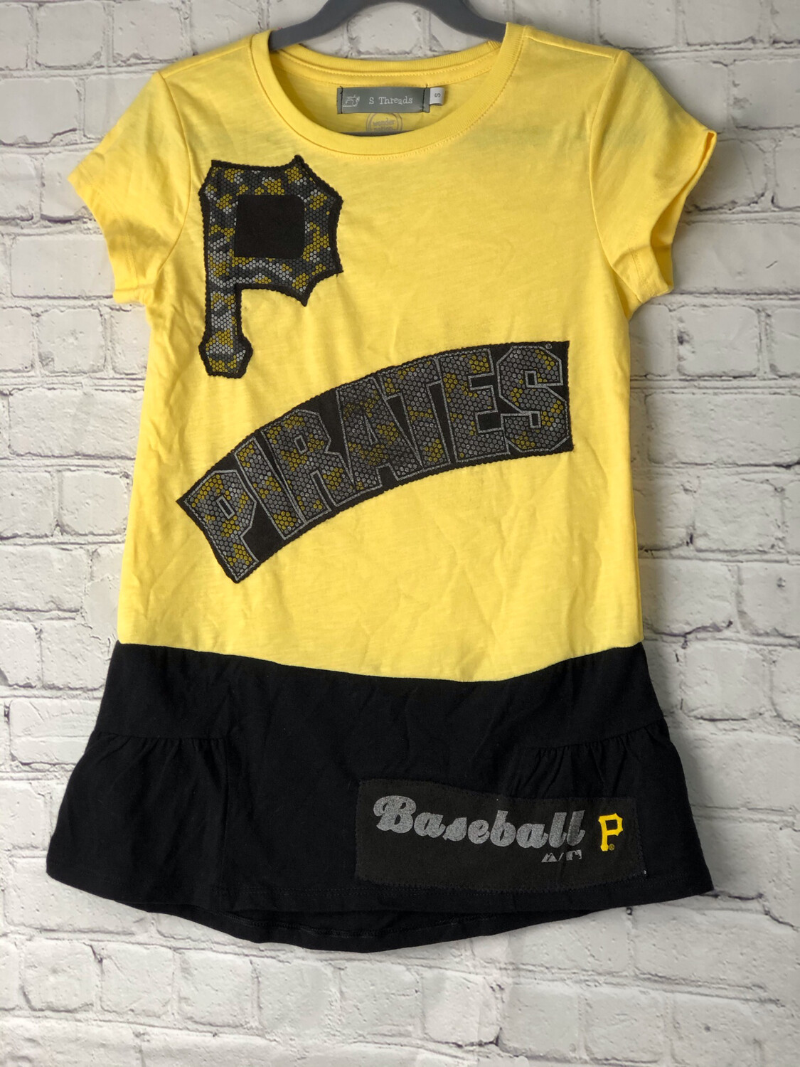 S Threads Kids Upcycled Recycled Short Sleeve Pirates Baseball Shirt Size Child Small