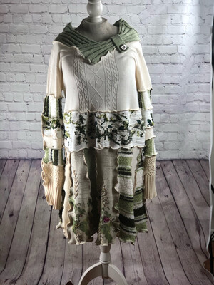 S Threads Upcycled Sweater Dress Cream Green w Fiber Art Leaves Size XL 2XL