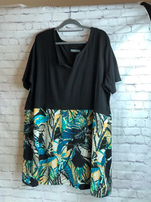 Reworked Artsy Butterfly V-cut Comfy Captivating Top Size 4XL
