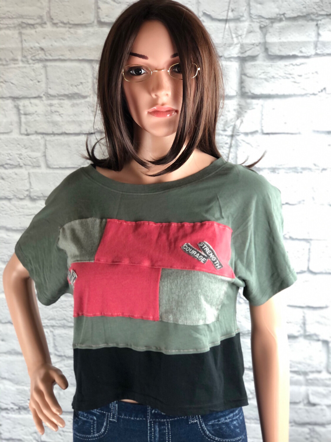 S Threads Upcycled Crop Bold Unstoppable Top Size Medium