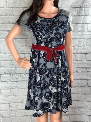 S Threads Upcycled Dress Floral Print Tie Belt Size Medium