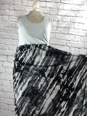 S Threads Upcycled Dress Gray Art Print Tank Size L/XL