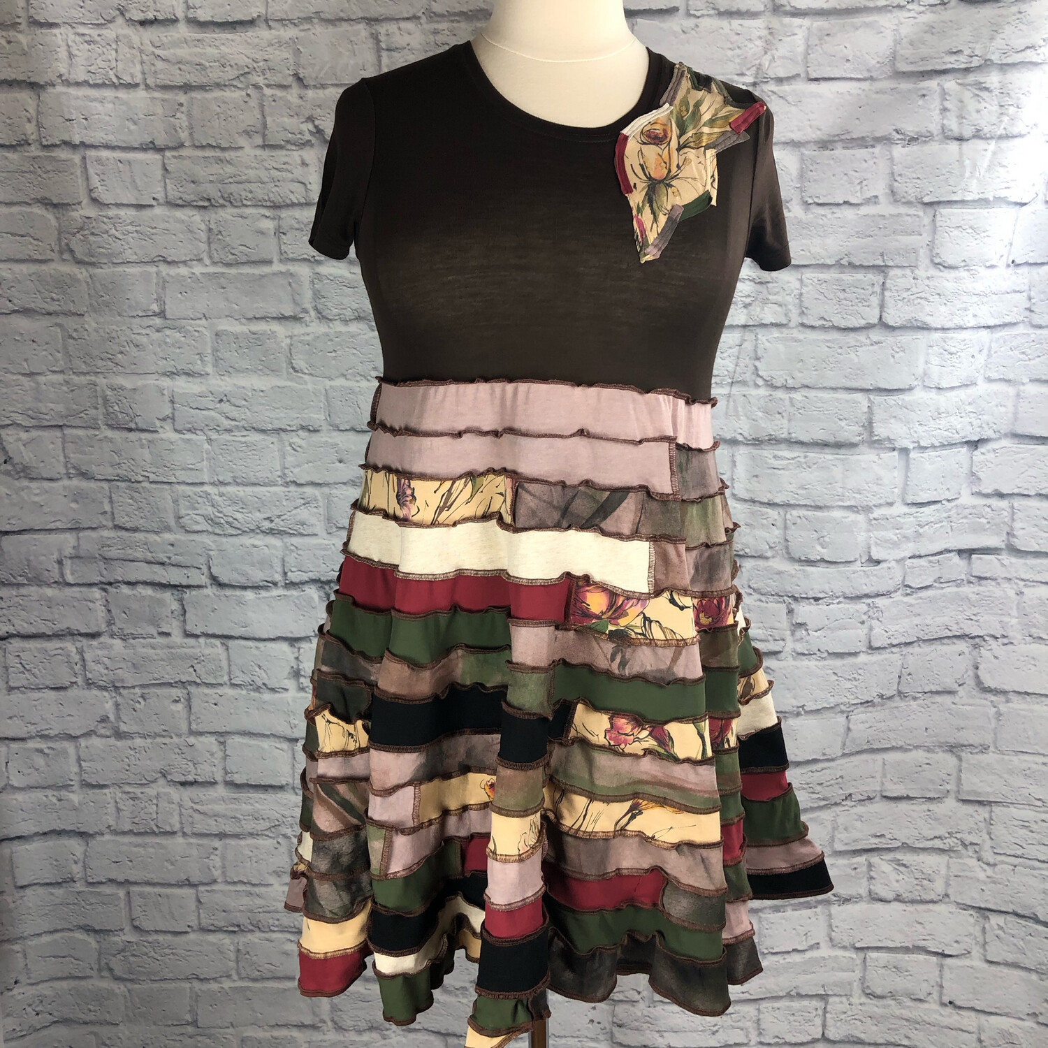 S Threads Upcycled Dress Spiral Patchwork Layer Floral Short Sleeve Size L/XL/2X