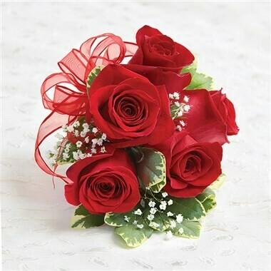 Wristlet of Roses