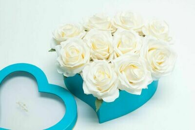 Tiffany Blue Box of Roses One Dozen White