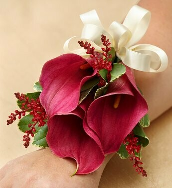 Red Calla Lilies Wristlet