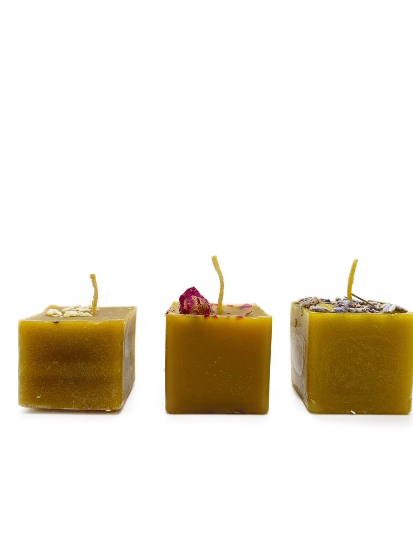 Набор разных аромасвечей (3 шт)