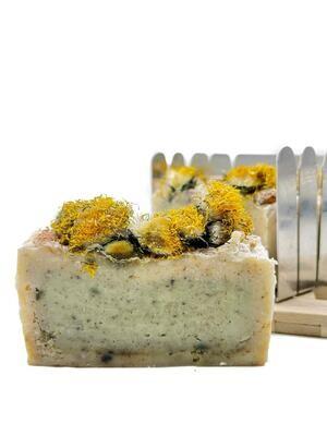 Натуральное мыло из одуванчика и крапивы (1 шт)