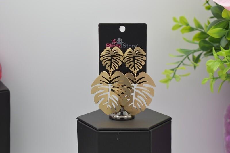 Hollow Leaf Earrings - Gold