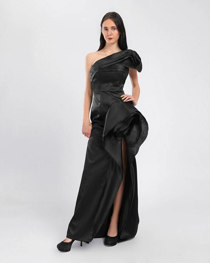 8377 Soiree Dress - Black