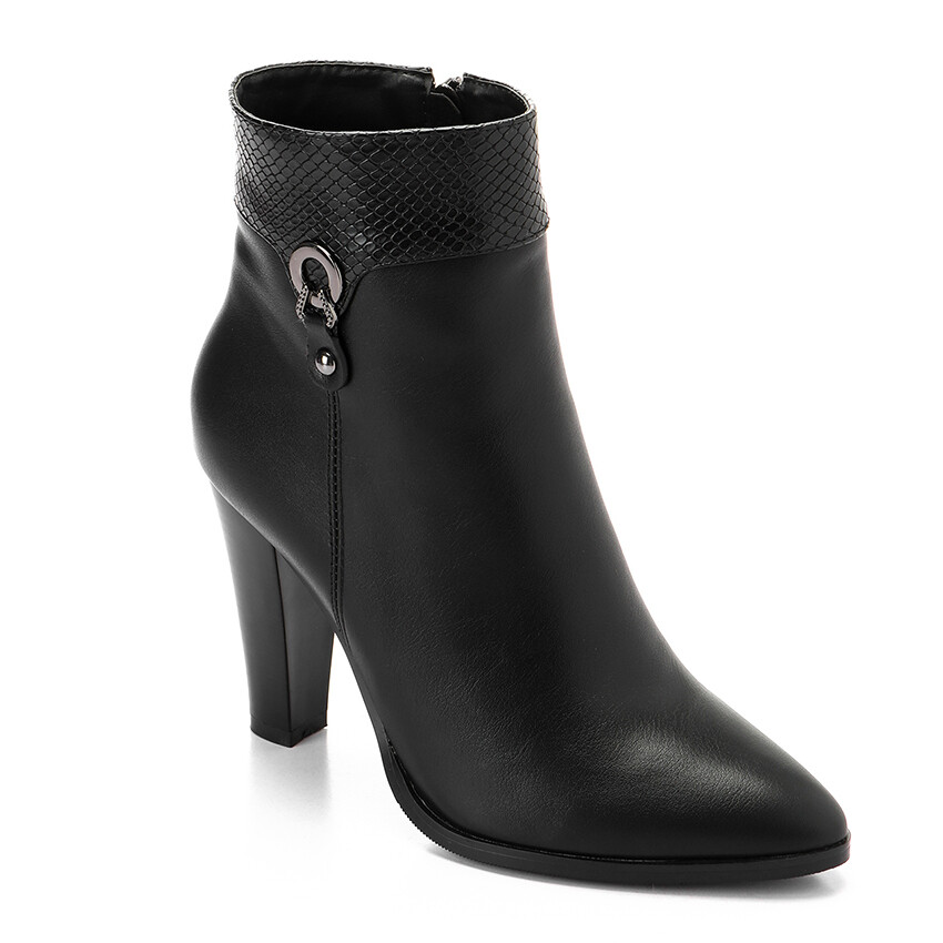 3298 Half Boot -Black