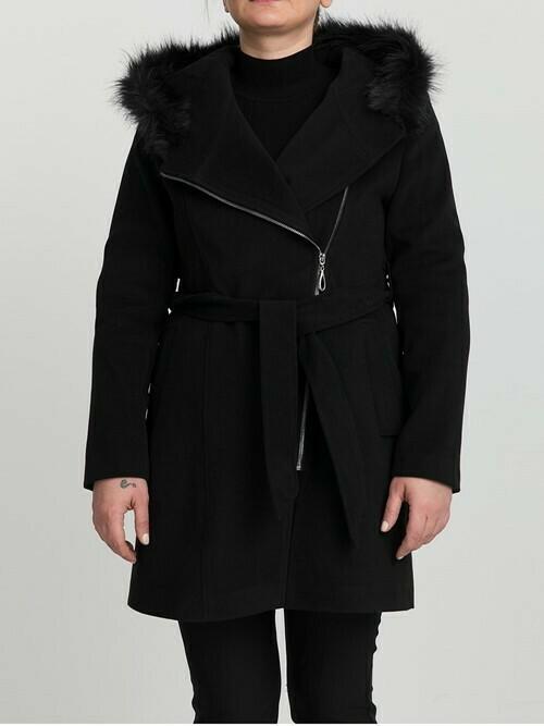 8200 Coat - Black