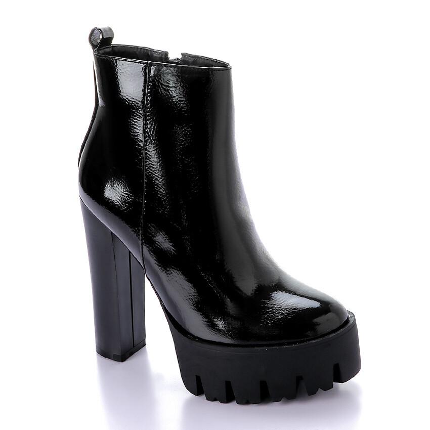 3283 Half Boot -Black v