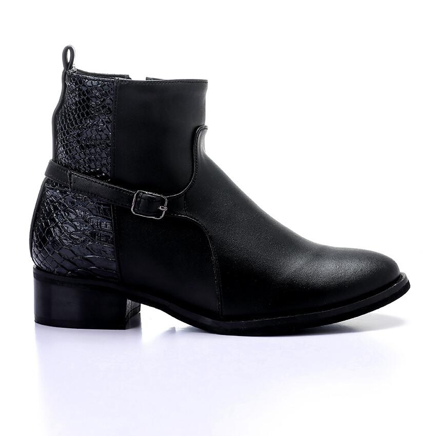 3430 Half Boot - Black