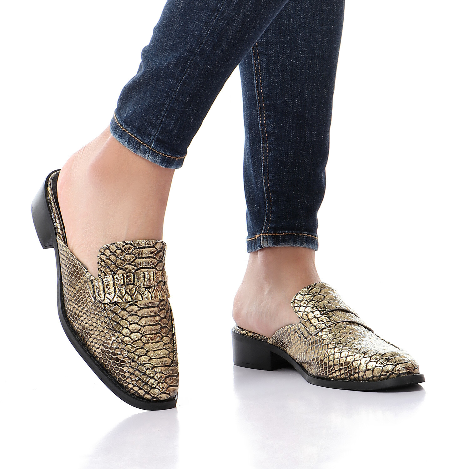 3453 Slipper Gold Leather