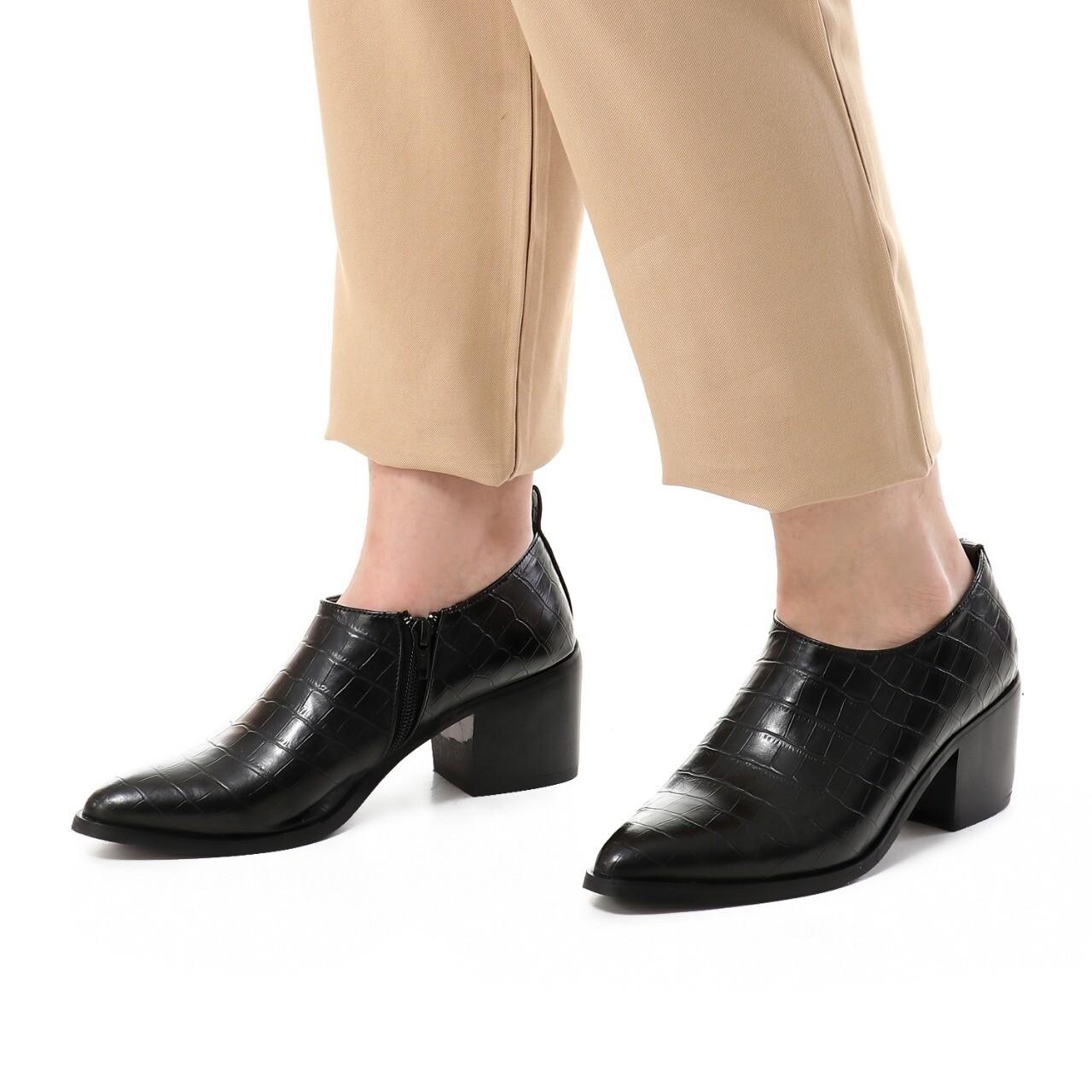 3742 Shoes - Black Crocodile