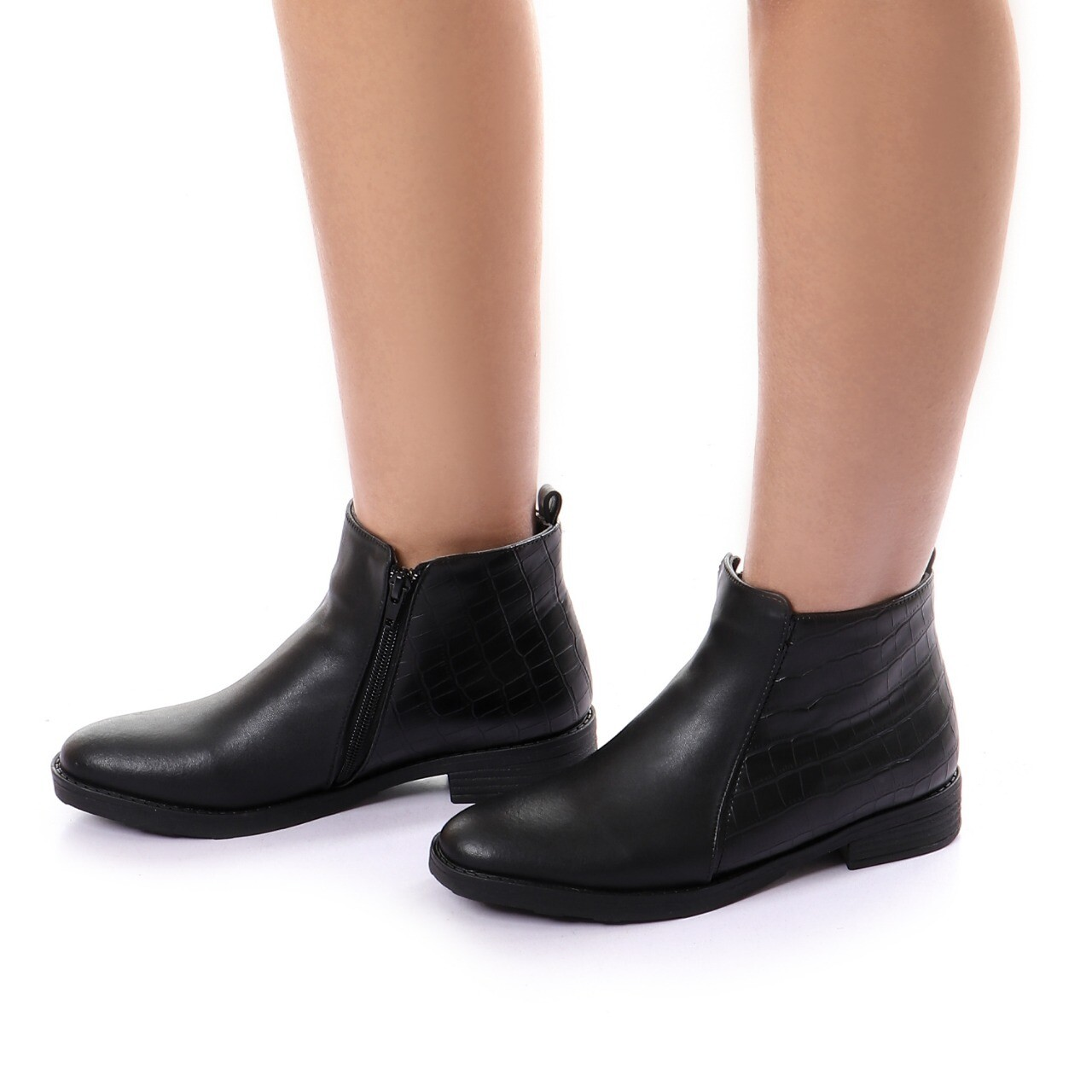3761 Half Boot - Black