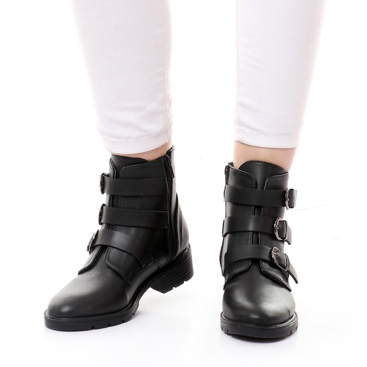 3751 Half Boot - Black