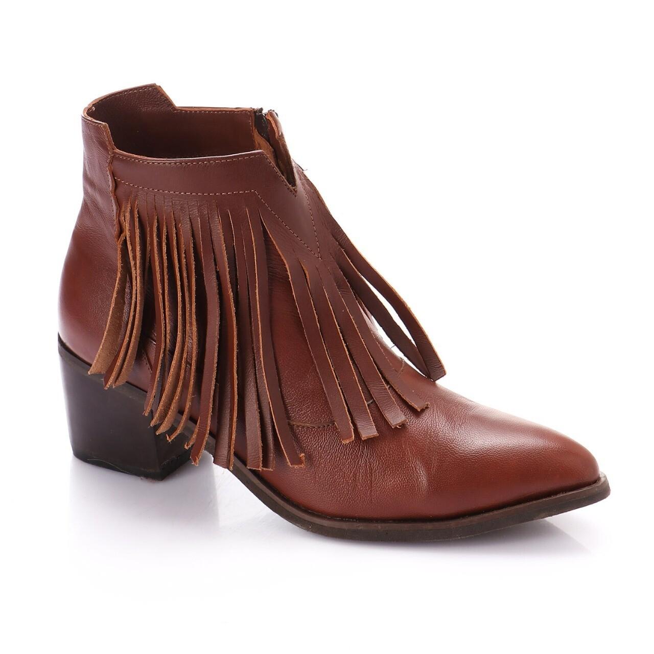 3766 Half Boot - Camel