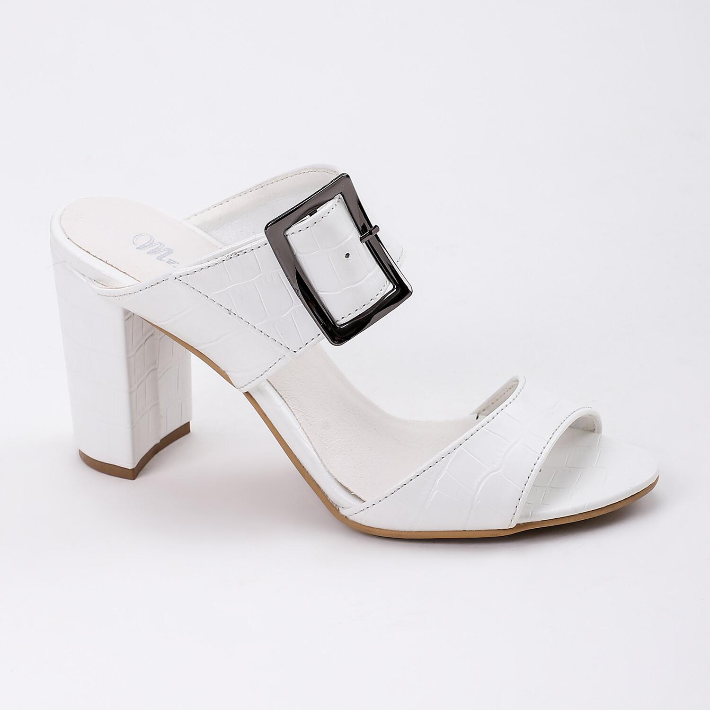 3812 Slipper White