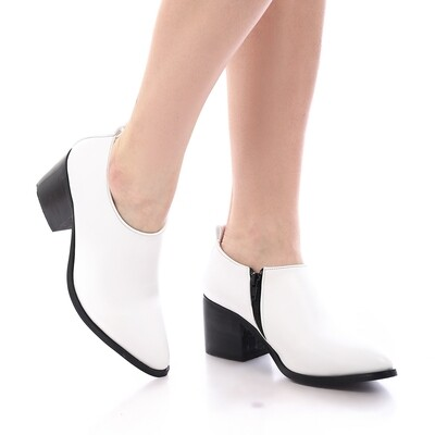 3742 Shoes - White